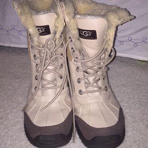 UGG Adirondack Boots, Sand, Size 7.5